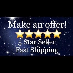 Bookmark my Closet! I love Offers & Bundles!!!